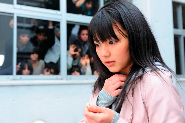 真野恵里菜さんのコスチューム