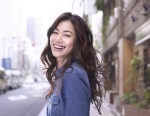 今井美樹の学歴と経歴|出身小中学校高校や大学の偏差値